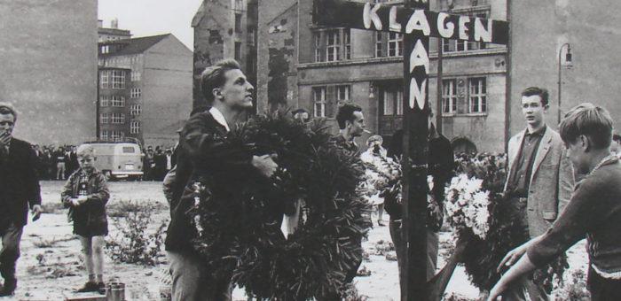 Endstation Checkpoint Charlie. Eine fiktive Geschichte von Anne Aschenbrenner über Peter Fechter, der im August 1962 an der Mauer starb.